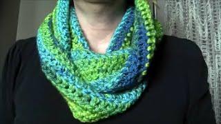 getlinkyoutube.com-Crochet Easy Infinity Scarf