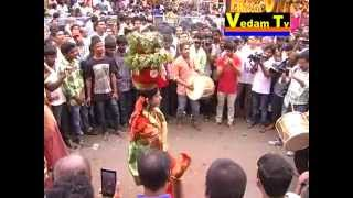 getlinkyoutube.com-Beautiful Ladies Dance in Bonalu