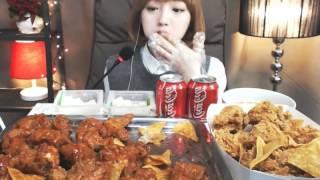 getlinkyoutube.com-BHC 신메뉴리뷰 쏘스에무쵸vs나쵸에무쵸 :슈기의먹방 [Shoogi's Eating Show] chicken mukbang