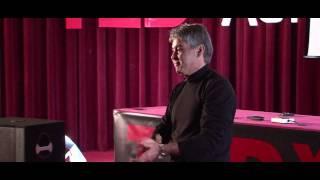 getlinkyoutube.com-TEDxAUI - Slim Kabbaj parle du Leadership