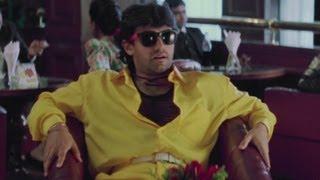 getlinkyoutube.com-Aamir Khan's unforgetable visit to a hotel | Rangeela