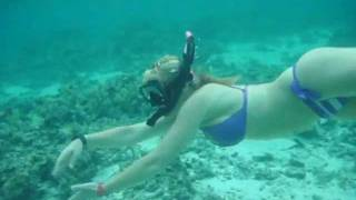 getlinkyoutube.com-Scuba Diver Girls Snorkel the Cook Islands!!!
