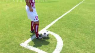 How to Do an Inswinging Corner Kick