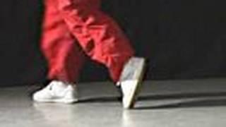 getlinkyoutube.com-How To Moonwalk Like Michael Jackson