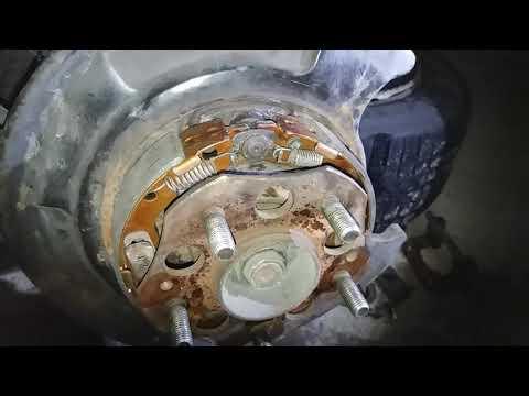 Где передние тормозные диски у Honda Edix