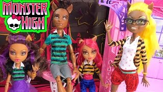 getlinkyoutube.com-Monster High Pack Of Trouble Clawdeen Howleen Clawd Clawdia Wolf Family Playset Doll Toy Unboxing