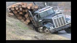 getlinkyoutube.com-Ditched Kenworth Log Truck Recovery