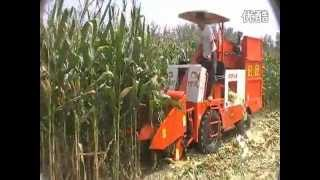 getlinkyoutube.com-Corn Harvester HD.mp4