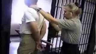 getlinkyoutube.com-Inmate Escort Restraint