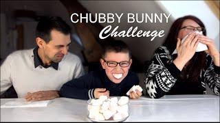 getlinkyoutube.com-CHUBBY BUNNY CHALLENGE ! Fail baveux en famille   Family Geek