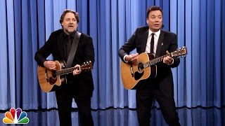"getlinkyoutube.com-Jimmy Fallon and Russell Crowe Sing ""Balls in Your Mouth"""
