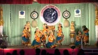 getlinkyoutube.com-Group Dance - Uthara and Party Kerala school kalolsavam 2012 Thrissur