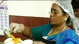 getlinkyoutube.com-Jayalalithaa's one-rupee idlis are a hit