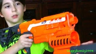 getlinkyoutube.com-Robert-Andre's EPIC NERF GUN UNBOXING!