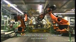 getlinkyoutube.com-Megafactories National Geographic Mercedes Trucks Actros Factory