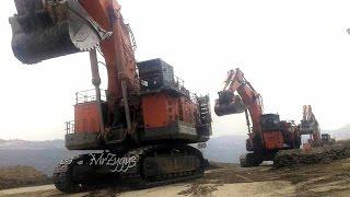 getlinkyoutube.com-Excavators The Big Machines Parade Travel Blasting