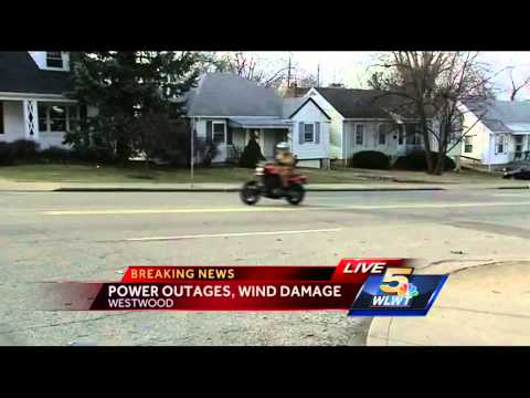 Winds cause damage, power outages across Tri-State