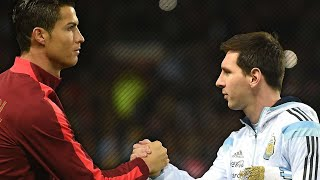 getlinkyoutube.com-Cristiano Ronaldo Vs Lionel Messi: Respect Moments