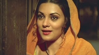 Sushmita Sen in Love, Chingaari, Scene 10/14
