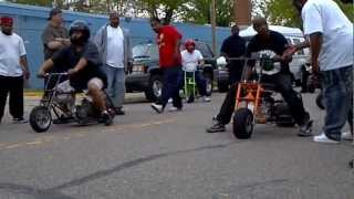 getlinkyoutube.com-Super Fast Mini Bikes Detroit
