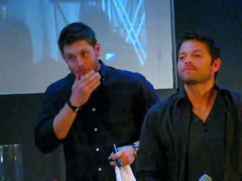 Jus In Bello 3 Supernatural Con in Rome - Jensen Saturday Panel - Misha crush the panel