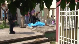getlinkyoutube.com-Encuentran sin vida a una mujer sobre una de las tumbas del panteón jardines del humaya