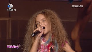 getlinkyoutube.com-Mihaela Radu canta Waka Waka - Semifinala 4 - KIDSing 2014