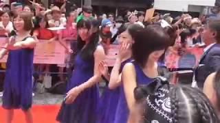 getlinkyoutube.com-NMB48 第8回沖縄国際映画祭 島ぜんぶでおーきな祭  レッドカーペット 国際通り 2016.4.24