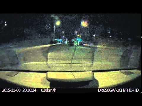 ДТП Омск: момент столкновения BMW X6 и Subaru Pleo на ул. Перелёта