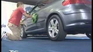 Come lavare l'auto...senza acqua!