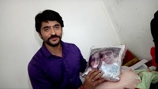 getlinkyoutube.com-Ashish Sharma's Exclusive Gift Segment