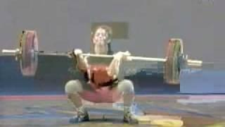 getlinkyoutube.com-girl peeing while lifting weights