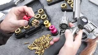 getlinkyoutube.com-Speed Beez Smith & Wesson Model 617 10 Shot 22LR Speed Loader