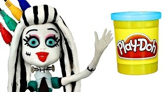 getlinkyoutube.com-Play Doh STOP MOTION Monster High Doll video - - - Animación Monstruo Muñeca