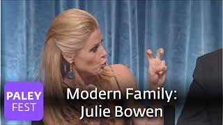 getlinkyoutube.com-Modern Family - Julie Bowen Got Pranked