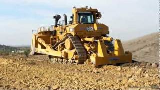 getlinkyoutube.com-CAT D11T in action
