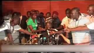 getlinkyoutube.com-Côte d'Ivoire: la scéne qui a choqué le monde entier