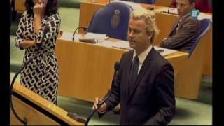 getlinkyoutube.com-Vertrek Wilders uit de tweede kamer 26 maart
