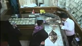 getlinkyoutube.com-Saudi Arabia Live Jewellery Theft Caught by camera