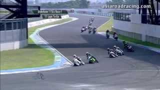 getlinkyoutube.com-Round 5 Taiwan - Underbone 115cc Race 1 Highlights - PETRONAS Asia Road Racing Championship