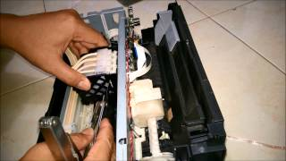 getlinkyoutube.com-Cleaning Epson Head L110