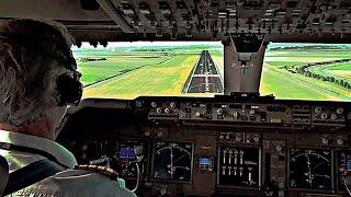 getlinkyoutube.com-Pilot's View - Boeing 747-400 Crosswind Landing Amsterdam Schiphol