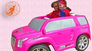 getlinkyoutube.com-Girls Power Wheels and Pink Ride On Cars - Barbie Car, Frozen, Hello Kitty, Finding Dory + More!