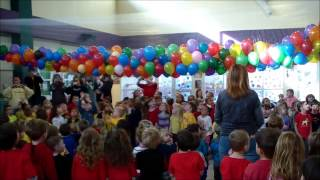 getlinkyoutube.com-CSW Balloon Drop 2015