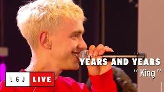getlinkyoutube.com-Years And Years - King - Live du Grand Journal