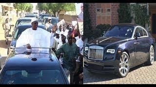 Vidéo – Macky Sall débarque en Gambie avec deux Rolls Royce