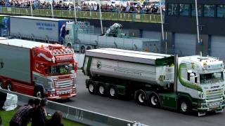 getlinkyoutube.com-Truckstar Festival 2011 - Mooiste Truck Verkiezing met Verbeek, Van den Hoeven en Kingma