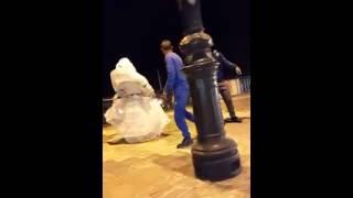getlinkyoutube.com-رجل مع زوجته يرقصان في وهران على أنغام الأي أي - Une Homme Avec Sa Femme Dance éy éy A Oran 2015
