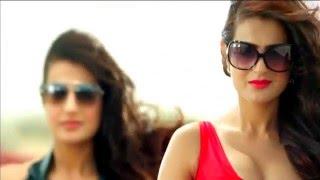 Amisha Patel Super Hot In Ad (1080p)