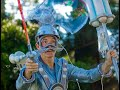 The Bubbleman on stilts